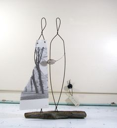 Love Bravely #Wire #Sculpture on #Driftwood ©2014 idestudiet™ ART+EARTH All rights reserved