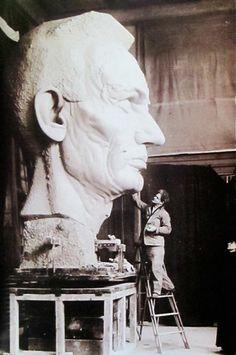 MONDOBLOGO: artists in their studios