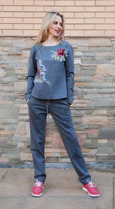 Спортивная одежда ручной работы. Женский спортивный костюм