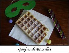 Contrairement aux gaufres de Liège, les gaufres de Bruxelles ne contiennent pas de sucre en grains et se dégustent souvent avec de la chantilly. Je les ai légèrement allégées en beurre en utilisant à la place de la purée d'amandes blanches Pour 10 gaufres...