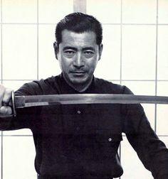 Toshiro Mifune in 1963 : OldSchoolCool                                                                                                                                                                                 Mehr