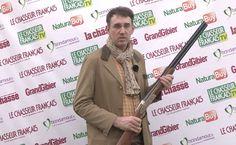Verney Carron fête ses 195 ans cette année et produit de nombreux modèles commémoratifs à l'exemple de ce fusil Sagittaire Aquilon.