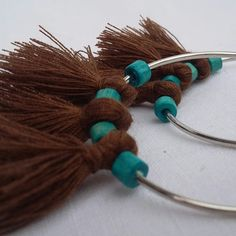 Boucles d oreilles pompons