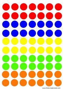 doplň guľky podľa počtu a farby hodením  kociek