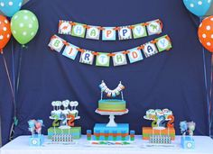 Hayden's Dinosaur Birthday Party | CatchMyParty.com