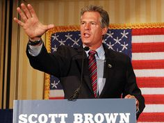 Scott Brown Takes Lead Again As Republicans Zone in on New Hampshire