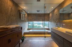 House in Sayo: MimasisDesign [ミメイシスデザイン]が手掛けたモダン洗面所/お風呂/トイレです。