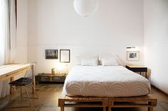 wood pallet bed featured in OPENHOUSE magazine / sfgirlbybay