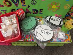 Tons of Daily 5 word work ideas...center ideas