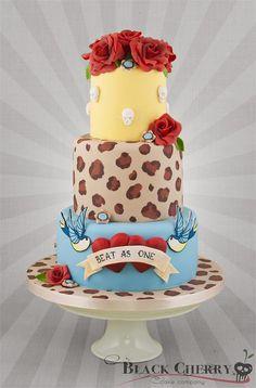 Creative wedding cake stand