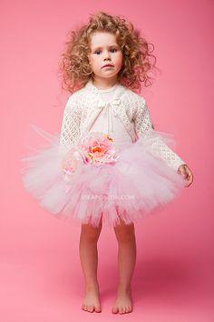Model portfolio for Sofia Kopacheva by commercial children photographer Vika Pobeda (www.vikapobeda.com) Hair & Make-up: Tatiana Kinyakina