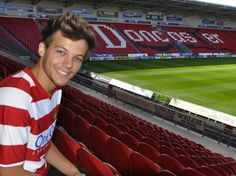 One Direction singer Louis Tomlinson buys boyhood club Doncaster Rovers Harry Styles, Doncaster Rovers, One Direction Louis Tomlinson, Louis Tomilson, Louis Williams, Games Today, I Love One Direction, Top Of The World, Swagg