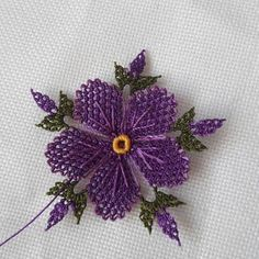 """Everything about """"Tatting"""" Flower Embroidery Designs, Hand Embroidery, Lotusblume Tattoo, Plastic Bottle Crafts, Viking Tattoo Design, Crochet Borders, Tatting, Needle Lace, Lace Making"""