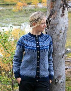 Blåfarger Nordic Sweater, Fair Isle Knitting, Knitting Charts, Fair Isles, Sweater Weather, Cardigans For Women, Knit Cardigan, Knitting Patterns, Knit Crochet