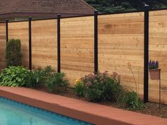 4 Exciting Cool Tips: Glass Fence Design chain link fence flowers.Wire Fence Animals fence and gates ranch. Fence Landscaping, Backyard Fences, Pool Fence, Front Yard Fence, Fenced In Yard, Fence Doors, Easy Fence, Natural Fence, Rustic Fence