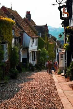 Rye (East Sussex), I stayed in the Mermaid Inn, ( think that was the exact name...it was yrs ago), it was cozy, but small. we walked the streets that night & it was heavenly, friendly people, but alas, no ghosts of smugglers. breakfast was great & the day was perfect.
