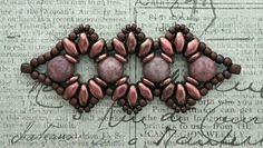 Linda's Crafty Inspirations: Playing with my beads...more Bisaneta samples with cabochons