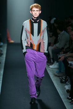 A look from the Bottega Veneta Fall 2015 Menswear collection.