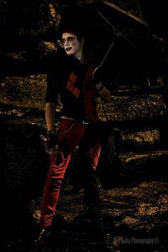 If Genderbent Harley Quinn's Smirk Could Kill [Cosplay] Harley Quinn Halloween Costume, Harley Quinn Cosplay, Joker Cosplay, Joker And Harley Quinn, Cosplay Costumes, Male Cosplay, Comic Con Cosplay, Best Cosplay, Superhero Cosplay