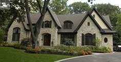 french country style homes Stone Exterior Houses, Dream House Exterior, Exterior House Colors, Stone Houses, Exterior Paint, Exterior Design, Estilo Tudor, French Country Exterior, French Country House Plans