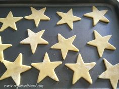 This award sugar cookie recipe is a perfectly crisp and thin sugar cookie. No need for icing but perfect when topped with sugar sprinkles. Christmas Sugar Cookie Recipe, Sugar Cookies Recipe, Cookie Recipes, Tasty Dishes, Food Dishes, Sugar Sprinkles, Recipe Organization, Christmas Goodies, Icing
