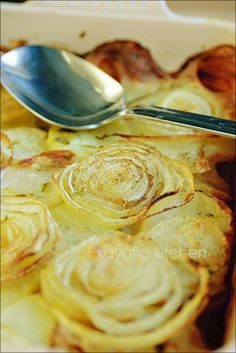 Onions and Potatoes casserole. I LOVE that the onions look like golden (toasted) roses.