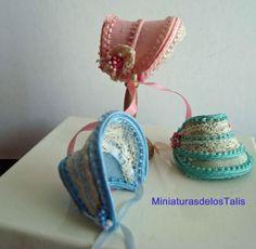 Miniature hats. Simple Civil War era bonnets nicely done.