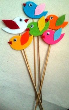 Wonderful Totally Free Paper Crafts birds Popular There exists a lot that you can do with cardstock when only you know these build tactics! Bird Crafts, Craft Stick Crafts, Preschool Crafts, Easter Crafts, Diy And Crafts, Crafts For Kids, Arts And Crafts, Diy Y Manualidades, Felt Birds