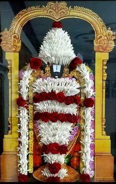 Sri Balaji Travel is one of Best Tirupati Tour Operator provides you Quality and Affordable Pilgrimage Tirupati darshan package from Bangalore. Baby Ganesha, Baby Krishna, Krishna Radha, Durga, Pookalam Design, Indian Flag Wallpaper, Lord Murugan Wallpapers, Ganapati Decoration, Ganesha Pictures