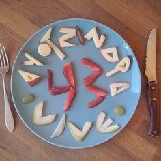 """Not even when asleep will it go away (#apple + #strawberry + #pear + #grape) #desayuno #ayotzinapasomostodos #ayotzinapa #ayotzinapavive #foodart…"""