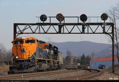 RailPictures.Net Photo: NS 1071 Norfolk Southern EMD SD70ACe at Tipton, Pennsylvania by Collin Reinhart