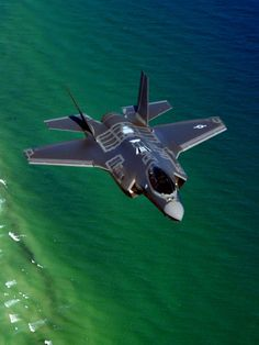 Futuristic jet with interesting panels. Good for more panels and real world references for armored light vehicles. Military Jets, Military Aircraft, Air Fighter, Fighter Jets, Photo Avion, Jet Plane, Fighter Aircraft, War Machine, Luxury Sports Cars