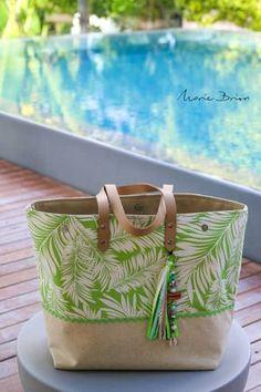 Cénélia | Cabas haut de gamme d'inspiration Caribéenne made in France Cloth Bags, Cloth Diapers, Fabric Tote Bags, Tote Bags Handmade, Jute Bags, Purses And Bags, Diaper Bag, Sewing Projects, Sorbet Coco