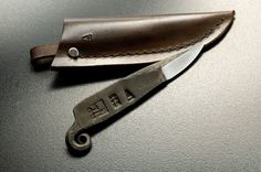 Pigtail knife