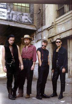 Bono n edge lovetown pics - Page 6 - Feedback U2 Music, Indie Music, Music Love, Music Is Life, Rock Music, Zoo Station, Rattle And Hum, U2 Songs, Love
