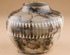 Navajo horse hair pottery vase  beautiful