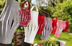 Fish Boil, Bbq Games, Summer Party Decorations, Elegant Bride, Backyard Bbq, Simple Weddings, Wedding Bride, Sweden, Blog
