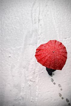 Heart umbrella ♥♡♥- I want this!!
