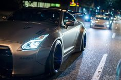 Liberty Walk Nissan GTR