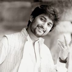 Bollywood Songs, Bollywood Actress, Culture Songs, Sai Pallavi Hd Images, Telugu Hero, Allu Arjun Images, Vijay Actor, Actors Images, Actor Photo
