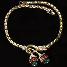 Trifari 'Alfred Philippe' Moghul Jewels Emerald and Ruby Swirl Necklace 1949