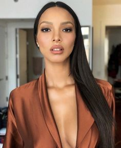 Get Sixpack Fast if you want lean belly you can! I don't own any of the images. I just like them May 10 2019 at Blush Makeup, Beauty Makeup, Hair Makeup, Hair Beauty, Lais Ribeiro, Beautiful Black Women, Most Beautiful, Brazilian Models, Victorias Secret Models