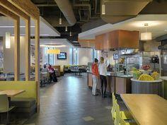 University of Massachusetts - Lowell: University Commons - Bergmeyer Cafeteria Design, University Of Massachusetts Lowell, Catering Design, Interior Architecture, Interior Design, Hall Design, Retail Design, Dining Area, Kids Hospital