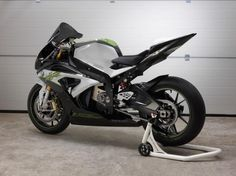 BMW Motorrad - the subsidiary of BMW Motorcycle - presents today its latest concept: the BMW eRR.