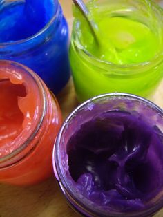 scented gel paints (1/2 c. cornstarch, 2 1/4 c. cold water,food coloring,flavoring extract,