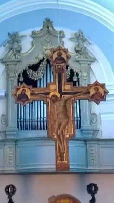 Crocifisso cattedrale, ma appartiene alla chiesa dei morti