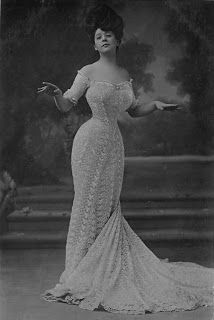 American Duchess posted about Victorian Era proportions of a woman, mostly the Gibson Girl era of the early 1900s. They are much different from modern day proportions as shown by Camille Clifford's hourglass figure at the turn of the century.