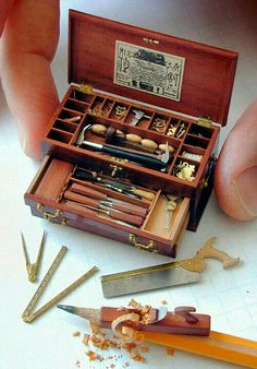 Wee Tool Chest Tiny tool set for my teeny tiny house.Tiny tool set for my teeny tiny house. Miniature Crafts, Miniature Dolls, Miniature Tutorials, Miniature Houses, Fine Woodworking, Woodworking Projects, Woodworking Bench, Wood Projects, Woodworking Classes