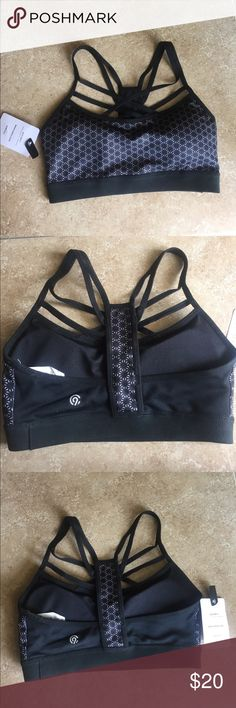 NWT Champion sports bra XS NWT Black Champion Sports Bra. It has removable cups, duo dry and has stretch. 10% spandex 90% polyester. It has cute straps and is XS. Champion Intimates & Sleepwear Bras
