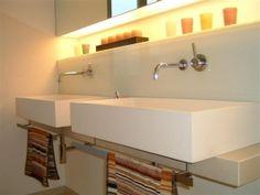Bad mit beleuchteten Nischen | Kirchgässner | Freudenberg | Bei Miltenberg und Wertheim - Badrenovierung, Heizungsmodernisierung, Wohnraumsanierung